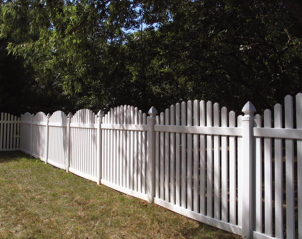 A1 fence solutions vinyl wood chain link iron aluminum frequently asked questions about vinyl fencing baanklon Gallery
